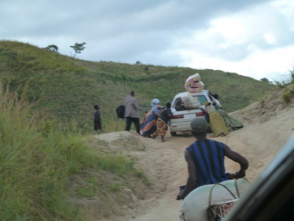 The road to Butembo